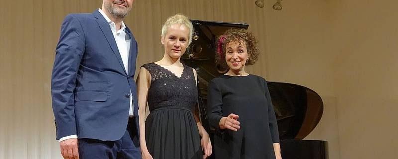 Robert Jungwirth, Aleksandra Mikulska und Yaara Tal Foto: Ralf Dombrowski