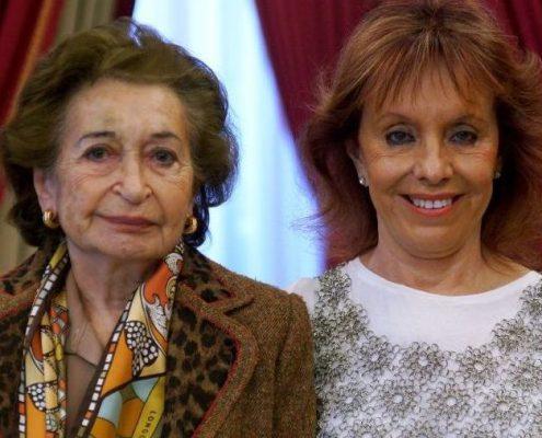 Georgina Ginastera, die Tochter des Komponisten (rechts), mit Isabel Penagos, die bei der Uraufführung in Washington 1967 die Partie der Luisa Farnese sang, am Premierentag im Teatro Real Foto: Javier del Real